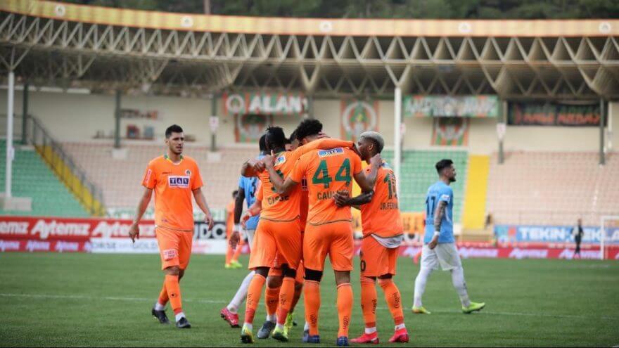 ผลบอลเมื่อคืน อลันย่าสปอร์ 1-0 กาเซียนเท็ป ตุรกี ซุปเปอร์ลีก